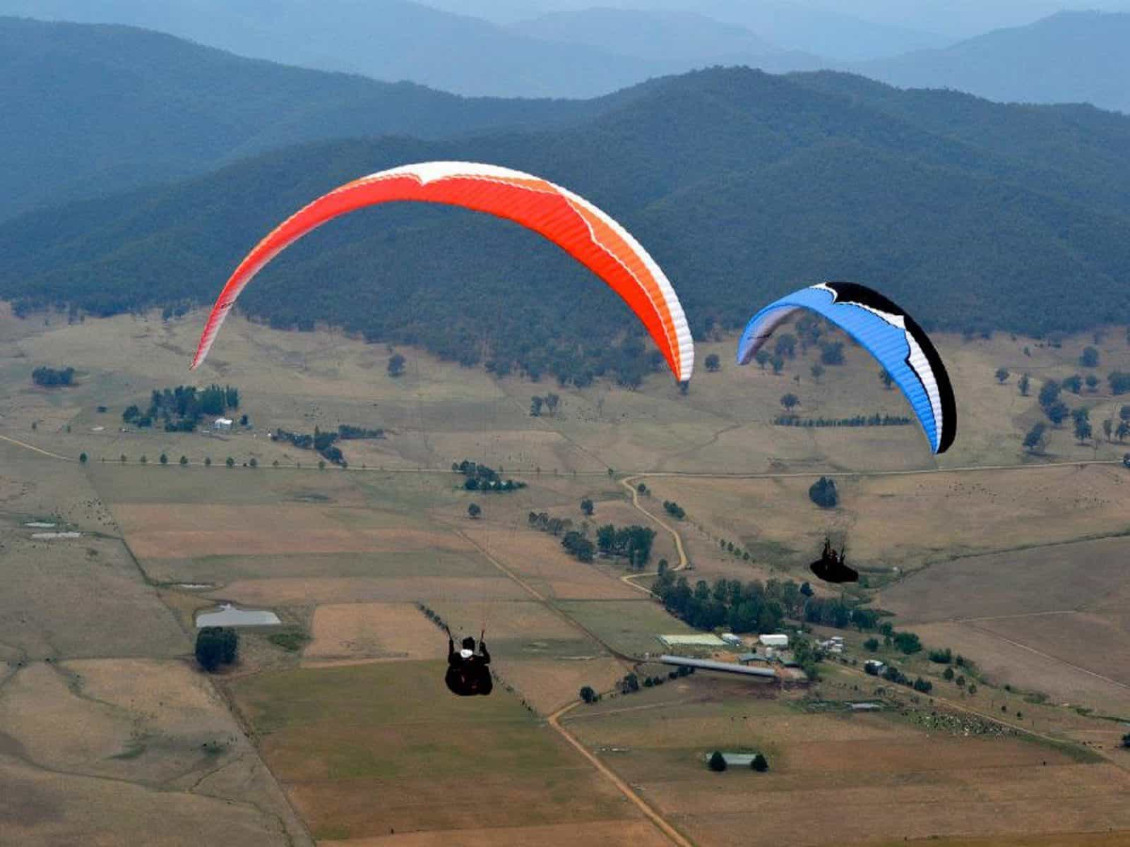 Paragliders - The Flow Corryong PG Open