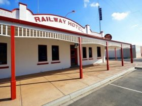 Heyfield Railway Hotel