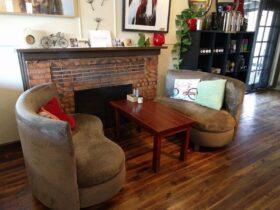 Interior Ineeta's Cafe
