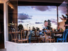 Ipsos Restaurant exterior