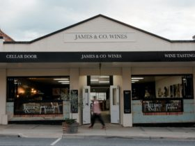 James and Co Wines- Main St Rutherglen