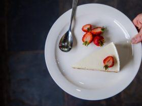 cheesecake, strawberries, farmgate