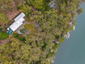 View from the sky showing The River House from top down