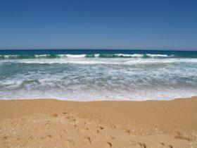 Ninety Mile Beach