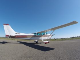 Cessn 172 or Cessna 182 are used for our scenic fligts