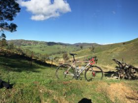 Gravel riding Strathbogies