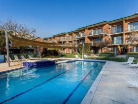 Perth Ascot Central Apartment Hotel , Ascot, Western Australia