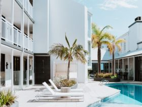 Tradewinds Hotel, East Fremantle, Western Australia