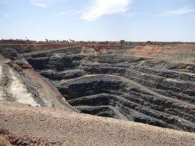 Lindsay Pit, Coolgardie, Western Australia